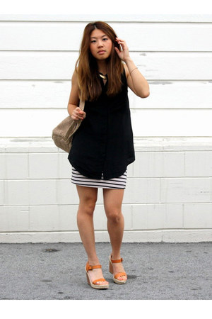 madewell shirt - the sak bag - H&M skirt - JCrew sandals - Fossil necklace