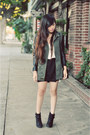 Black-lucky-brand-boots-army-green-topshop-jacket