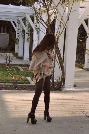 black Jessica Simpson shoes - nude H&M fringed cardigan