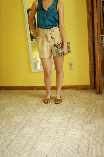 aquamarine thrifted vintage bag - beige H&M shorts - light brown Old Navy flats