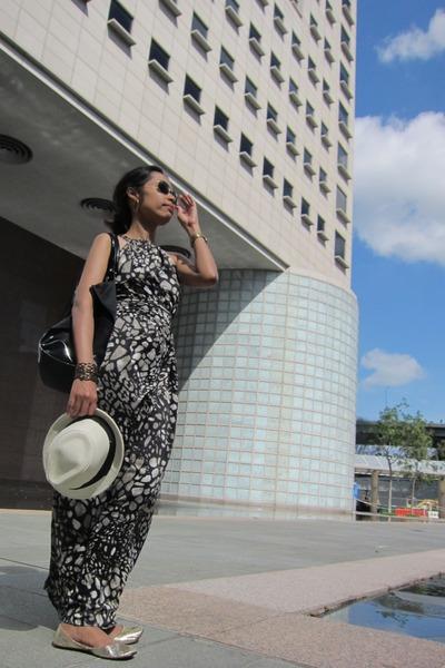 panama hat no brand hat - Dorothy Perkins dress - big tote tory burch bag