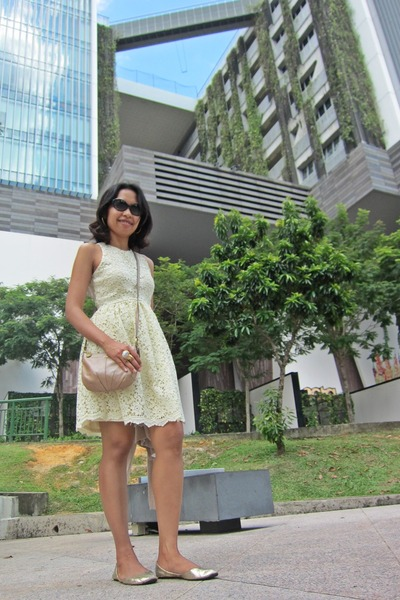 tan coach bag - light yellow crochet dress Zara dress - black coach sunglasses