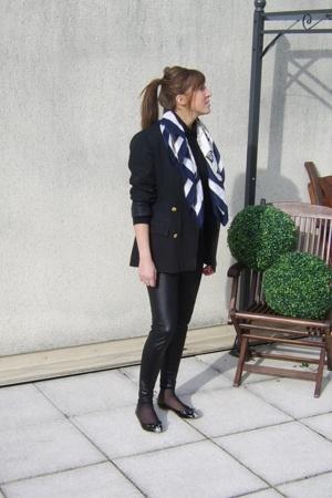 vintage blazer - no brand leggings - Marc by Marc Jacobs shoes