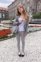 silver H&M jacket - heather gray new look jeans - white camaieu t-shirt