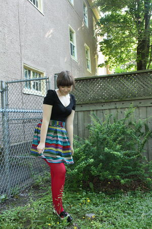 black H&M dress - blue BB Dakota skirt - red We Love Colors tights - white Aldo