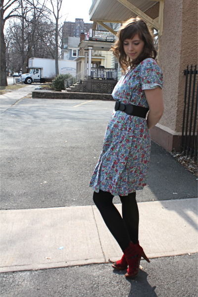 blue vintage dress - black tights - red Jeffrey Campbell shoes