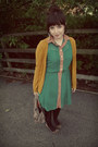 Green-button-down-primark-dress-dark-brown-smart-set-tights-gold-h-m-cardiga