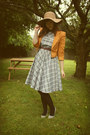 Heather-gray-plaid-vintage-dress-tan-floppy-new-look-hat
