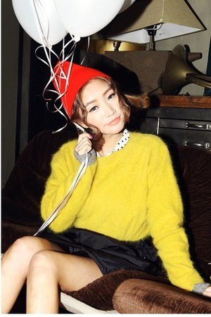 yellow sweater - red hat