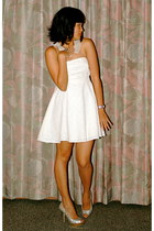 eggshell tube dress Urban Outfitters dress - eggshell Urban Outfitters necklace