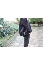 Zara boots - Forever 21 jacket - Zara bag - pull&bear sweatshirt