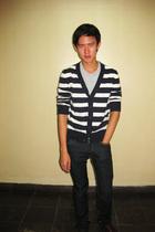 garage t-shirt - thrifted sweater - Zara jeans