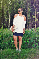 navy vintage skirt - cream baggu bag - white Topshop sweatshirt