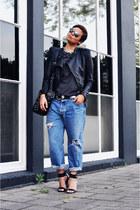 navy vintage levis jeans - black Oh my Frock jacket - black Zara bag