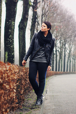 black Choies boots - black BDG jeans - black unknown jacket