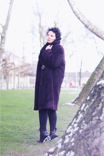 vintage coat - Choies boots - Zara jeans