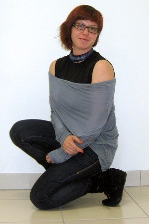 Xetra top - sweater - Gucci glasses - Sisley jeans - boots - necklace