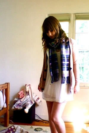 H&M scarf - American Apparel - H&M dress - American Apparel - Nordstrom shoes