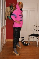 hot pink vintage hoodie - black Vintage leather pants