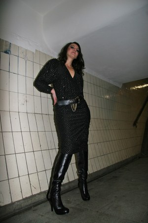 5th Avenue  high heeled boots - 8os Vintage Atelier dress - 80s Vintage chained