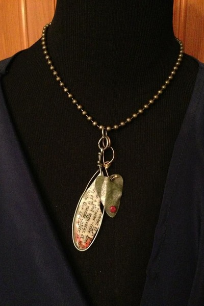 neutral handmade necklace