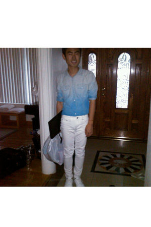 blue DIY shirt - white pants - white shoes