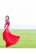 red jetset diaries dress