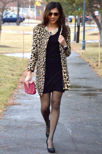 aa60596eea13 black leopard print Sheinsidecom coat - black H&M dress - red pitaya bag