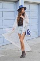 light blue Dailylook shorts
