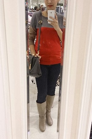 red colorblocking sweater - camel boots
