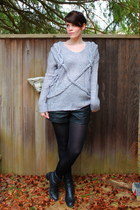 charcoal gray rope Queens Wardrobe sweater - black vintage boots