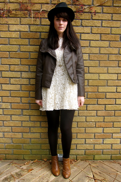 faux leather Forever 21 jacket - chelsea asos boots - lace free people dress