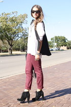 zipper Have a Look vest - lace up boots Dolce Vita boots - burgundy BDG jeans