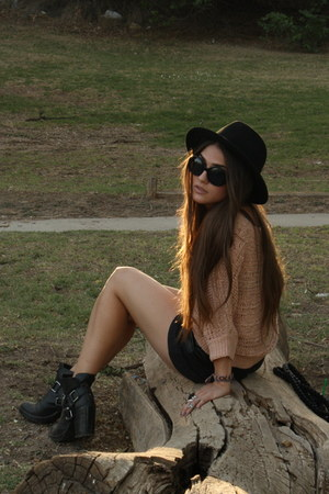 harness Dolce Vita boots - Forever 21 hat - knit Forever 21 sweater - leather Pe