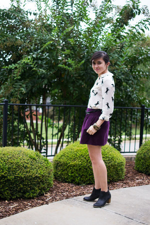 black Old Navy boots - ivory Forever 21 shirt - deep purple Old Navy skirt