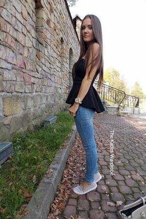 black Zara shirt