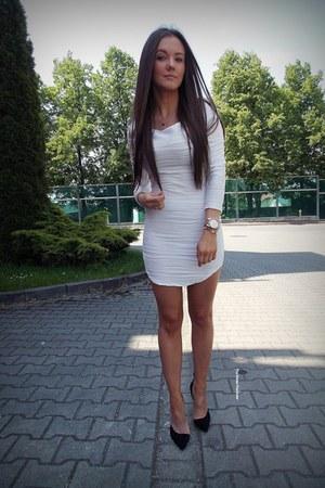 white Romwecom dress