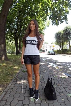 black Sheinsidecom shorts