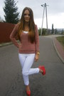Red-vila-sweater-sweater-white-vila-pants-pants