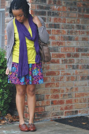 Secondhand cardigan - Gap shirt - thrifted skirt - Steve Madden shoes