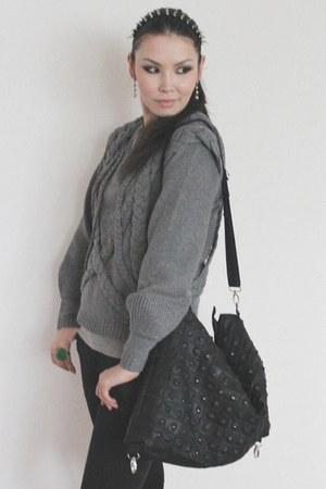 black jeans - charcoal gray sweater - black bag