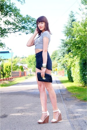 black DIY shorts - gray h&m divided top - white Stradivarius sandals