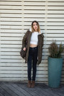 Gray-high-waisted-nudie-jeans-jeans-army-green-parka-lee-jacket