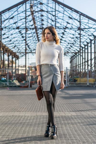heather gray wrap Yoins skirt
