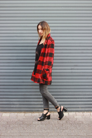 ruby red plaid Sheinside coat