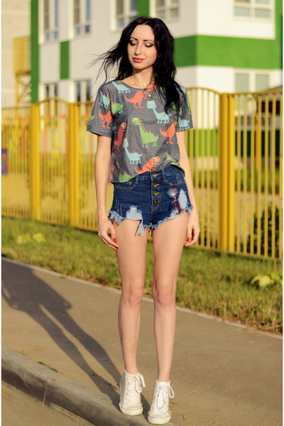 Oasapcom t-shirt - Oasapcom shorts - Oasapcom glasses