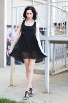 black Martofchina dress