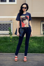 Front Row Shop t-shirt