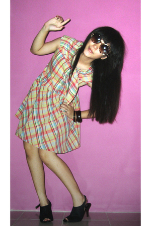klik-klok shop dress - Melawai Plaza shoes - glasses
