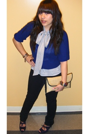 Old Navy blouse - Target sweater - Levis jeans - payless